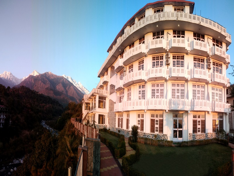 Hotel Vatika - The Riverside Resort, Dharamshala